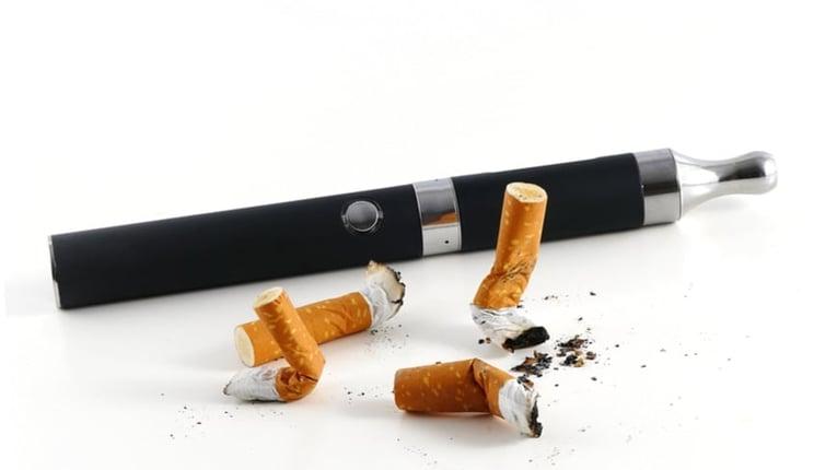 vaping-vs-smoking