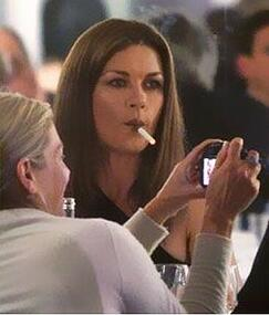 catherine-zeta-jones-vaping