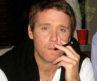 kevin-connolly-vaping